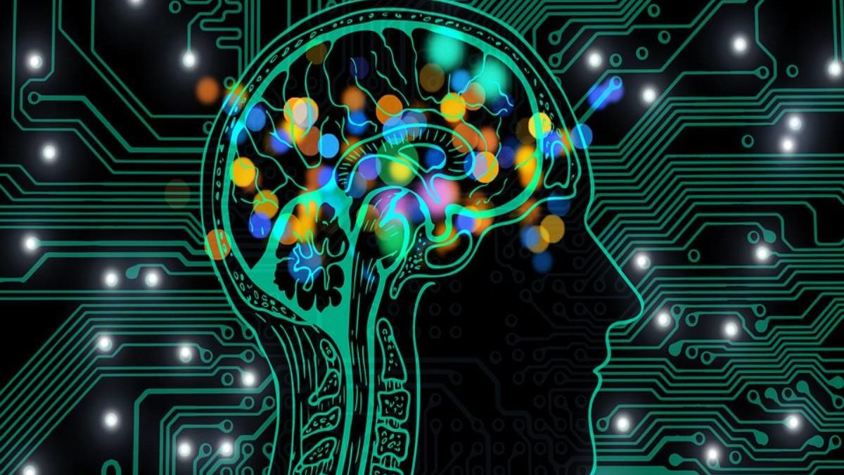 Artificial Intelligence – Definition, Advantages and Risk Factors