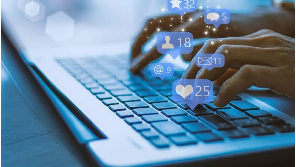 25 Social Media Marketing Statistics for 2021