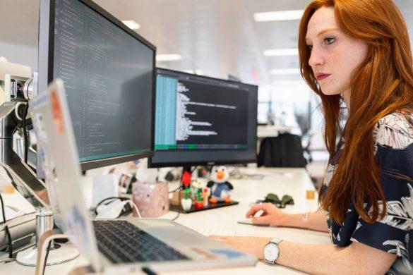 Customer development software